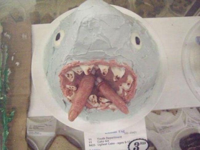 Ужасные тортики (18 фото)