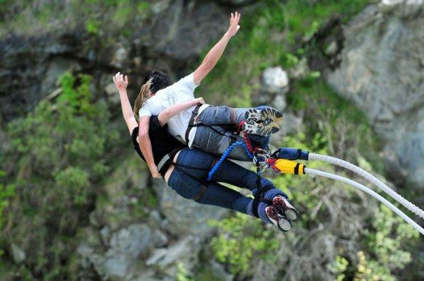 Как прыгнуть с тарзанки (банджи-джампинг) в Куинстауне