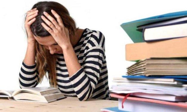 6 Alasan Mahasiswa Kuliahnya Lama Tamat