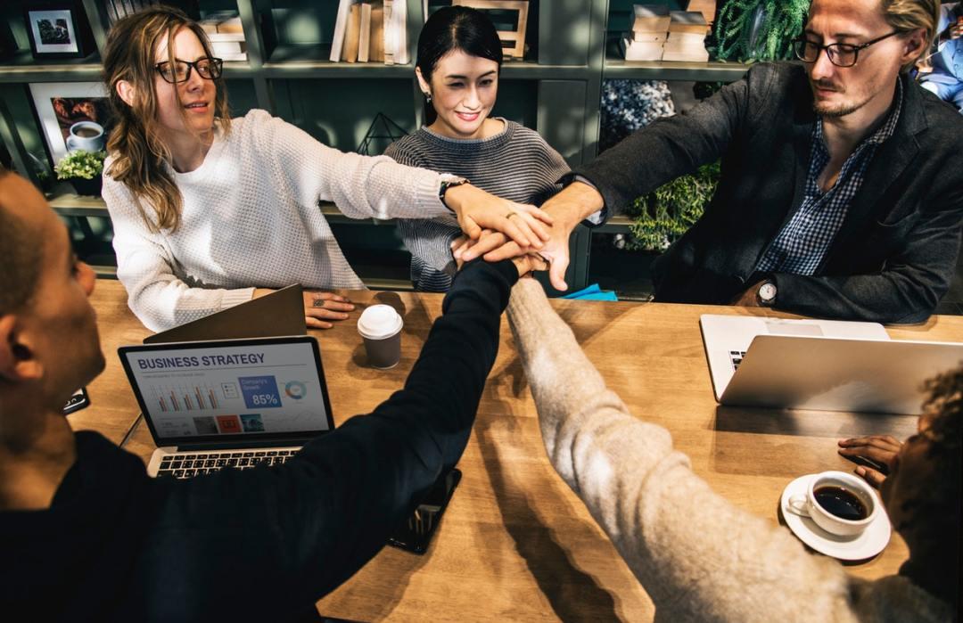 Berorganisasi sebagai bekal masuk dunia kerjaBerorganisasi sebagai bekal masuk dunia kerja