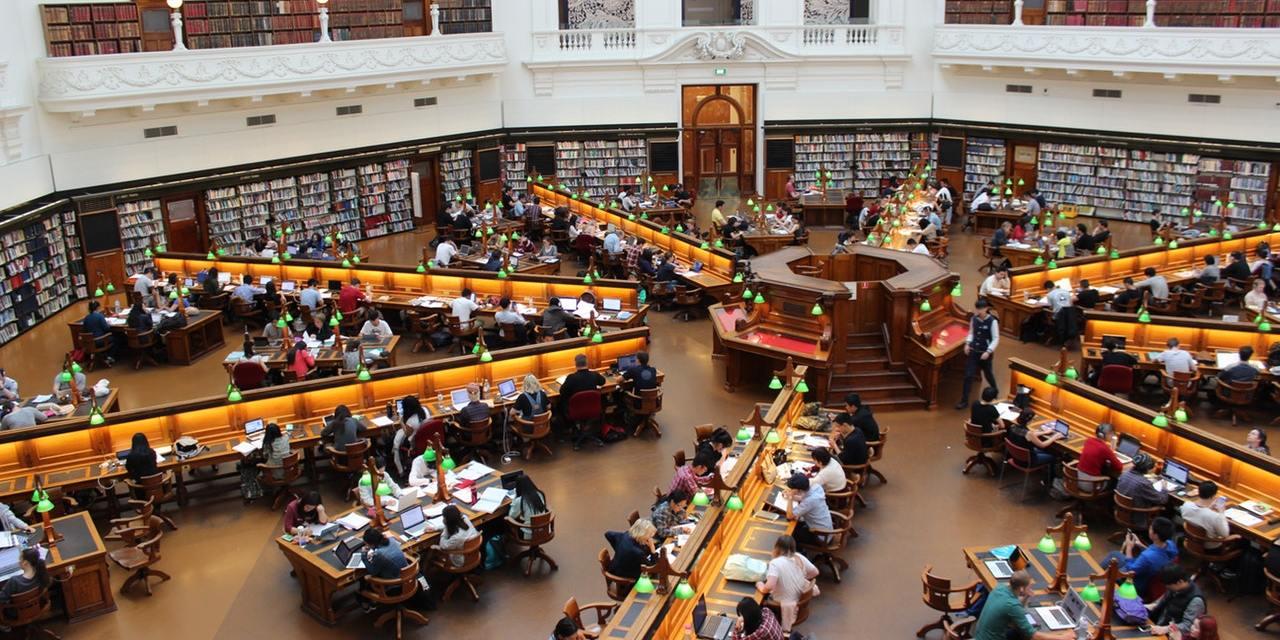 7 Program Beasiswa untuk Mahasiswa dari Perusahaan Swasta