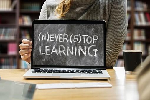 7 Kebiasaan Mahasiswa Sukses Ini Jadi Contoh Buat Kamu