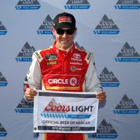 MENCS: Matt Kenseth Wins Pole Award For Toyota Owners 400