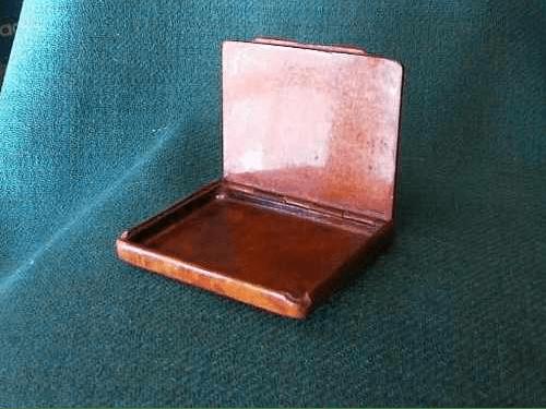 My 19th century Spanish briar wood cigarette case (2/4)