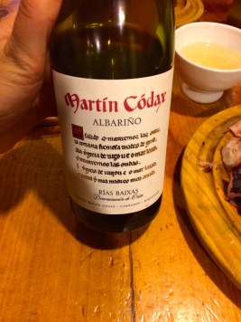 A nice Ribeiriño wine from Galicia, that we proceeded to drink out of those cute white bowl-cups