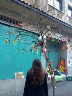 Makeshift Christmas tree in Huertas.