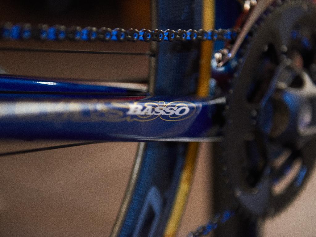 rubi_basso_blue fluo orang_23