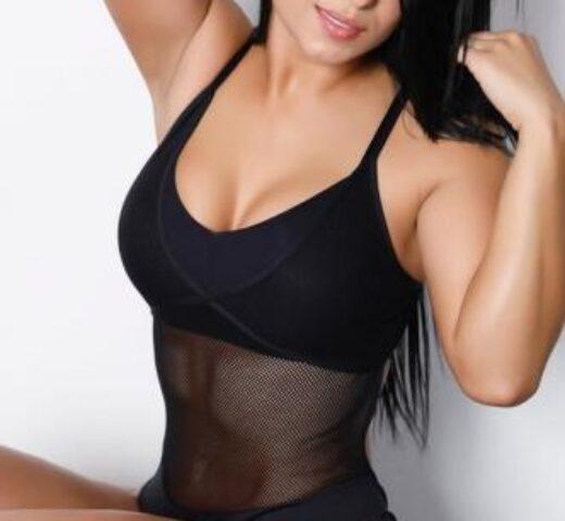 Nikki Daynes