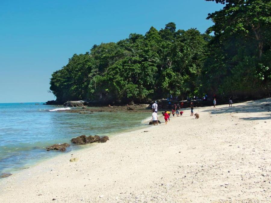 3 Pantai Cilacap Tujuan Populer Wisatawan