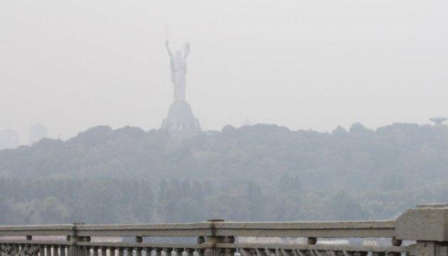 Діоксид сірки, оксид азоту, формальдегіди: В КМДА пояснили забруднене повітря Києва