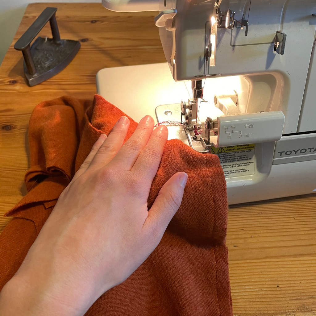 overlocking seams on cashmere wool