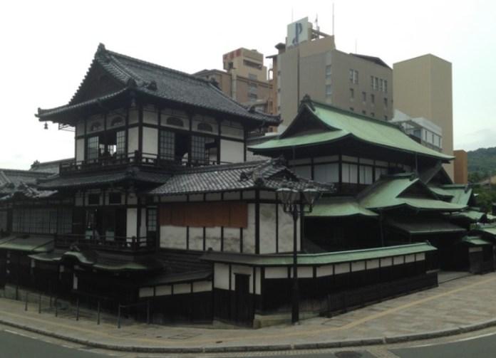 Japan_Matsuyama_Dogo Onsen 1