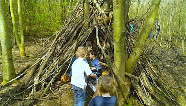 Den Building for Kids @ Rushcliffe Country Park | Ruddington | England | United Kingdom