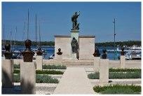 Denkmal für Tito und den Partisanenkrieg im WK II