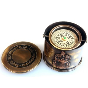 Kompas – blaszany bębenek