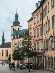 kamieniczki w Luksemburgu