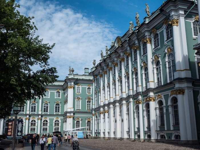 pałac zimowy w sankt petersburgu