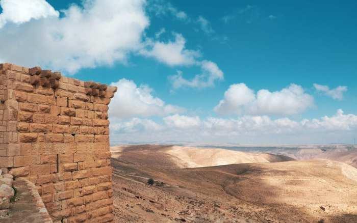 zamki-w-jordanii-shoubak-ruiny