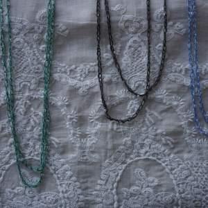 Collane all'uncinetto con perle di lavanda, giada e antracite