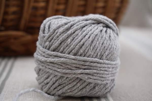 Bobine de fil de coton recyclé