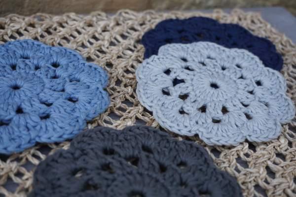 Sottobicchieri di cotone di colore