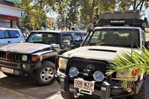 Hummer und Landcruiser