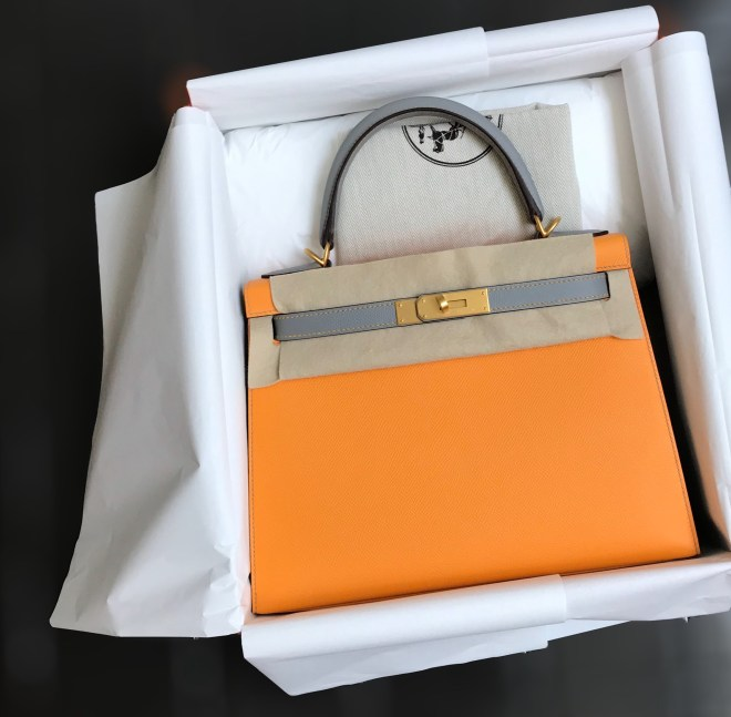 Hermes K28 jaune dor and gris mouette.JPG