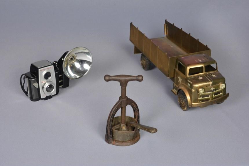Confiner-3-objets-basse-résolution