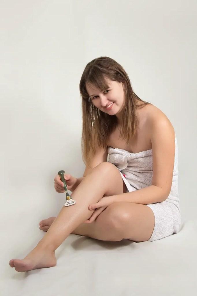 גילוח נכון לנשים: מדריך