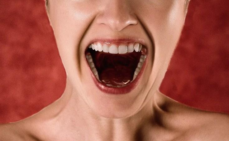 סודה לשתייה לשיניים