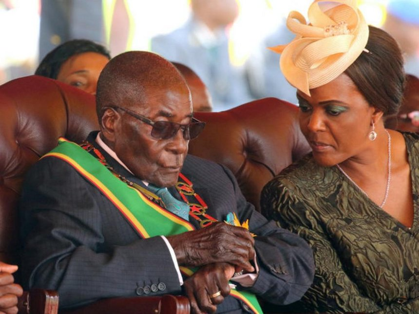 """""""Ukuboko kwafashe ingoma ntikuyirekura keretse baguciye"""" Ese ibyabaye muri Zimbabwe bibaye mu Rwanda byagenda gute?"""