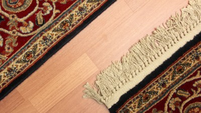 Oriental rugs fringe close up and oriental rug without fringe