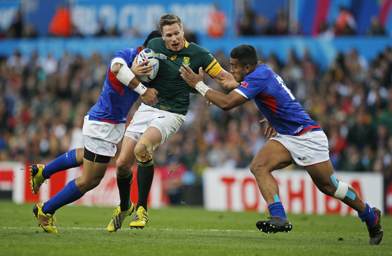Rugby Union - South Africa v Samoa - IRB Rugby World Cup 2015 Pool B - Villa Park, Birmingham, England - 26/9/15 South Africa's Jean de Villiers in action with Samoa's George Pisi and Rey Lee-Lo Action Images via Reuters / Peter Cziborra Livepic