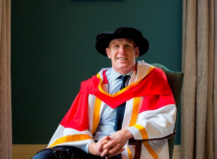 05/11/2015                 REPRO FREE The University of Limerick has awarded an Honorary Doctor of Science to former Ireland Rugby Captain Paul OÕConnell.  Dr Paul OÕConnell is the 100th recipient of an Honorary Doctorate from the University of Limerick since 1990. Dr Paul OÕConnell has a long association with the University of Limerick from his days training in the original PESS swimming pool as a secondary school student, to the years he spent studying computer engineering at UL.  He has been a director of the UL Foundation since 2011. In that role in 2012, he gave generously of his time to front the Paul OÕConnell Golf Outing, which raised in excess of Û50,000 to fund scholarships for students participating in ULÕs Access Programme. The scholarships enabled six students from socio-economically disadvantaged areas of Limerick to study degree programmes at the University.  Picture: Alan Place/Fusionshooters.