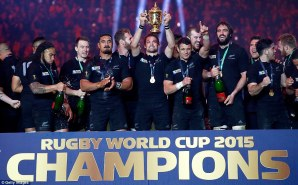 2DFC8BA700000578-3298117-Richie_McCaw_of_New_Zealand_holds_aloft_the_Webb_Ellis_Cup_after-m-130_1446320530493