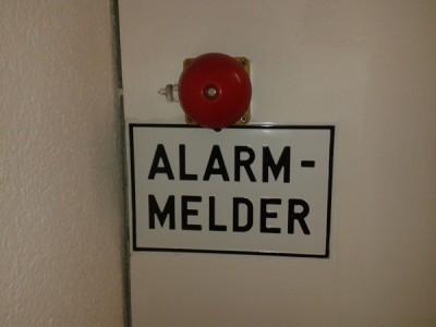 Der Knopf für den Notfall: ALARM-MELDER