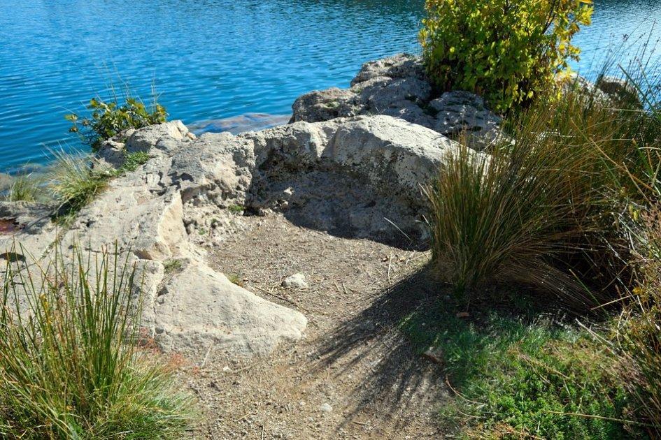 Cantera circular de las Lagunas de Ruidera