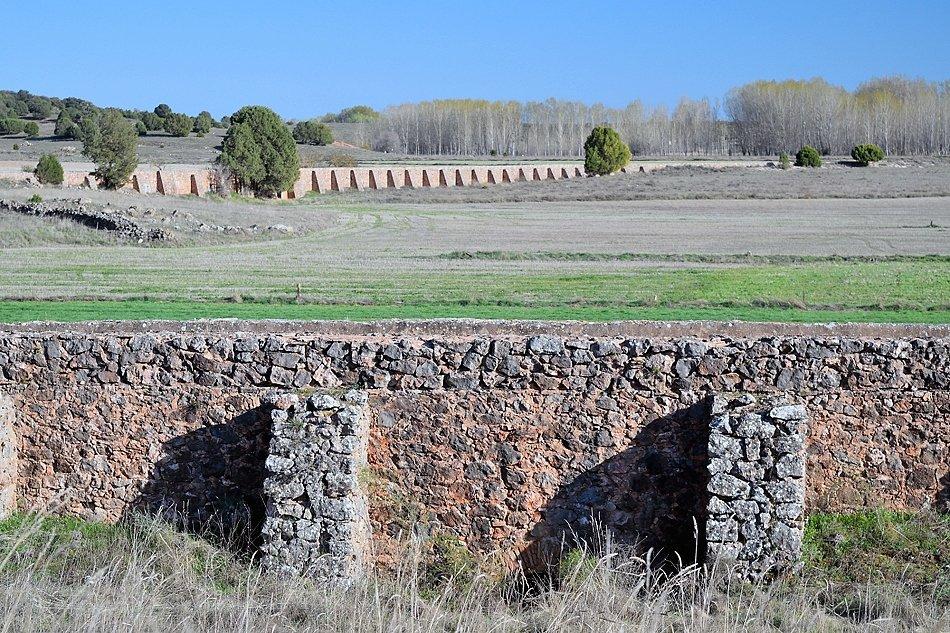 El canal de la Central Hidroeléctrica de El Ossero