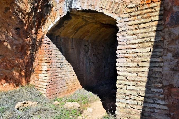 Entrada del ojo del acueducto de El Ossero