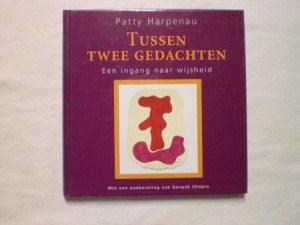 Tussen-twee-gedachten-Patty-Harpena