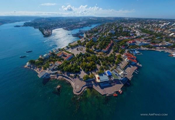 Севастополь - город, где памятники ценят только на бумаге ...