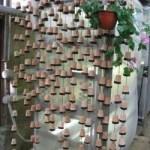 Идея декорирования цветочными горшками