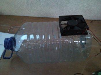 Csatlakoztassa a palackozott vízhűtőt