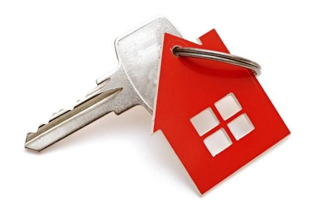 House Keys Mortgage Estate Agent 700 - Рефинансирование ипотеки  материнским капиталом