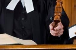 Понятие законодательства. Отличие между правом и законом. Чем отличается право от закона