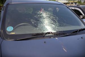 Jasa Repair Kaca Mobil Murah Hasil Rapi