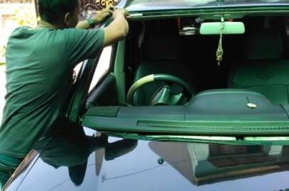 Bengkel Penjualan Kaca Mobil Panggilan Tangerang