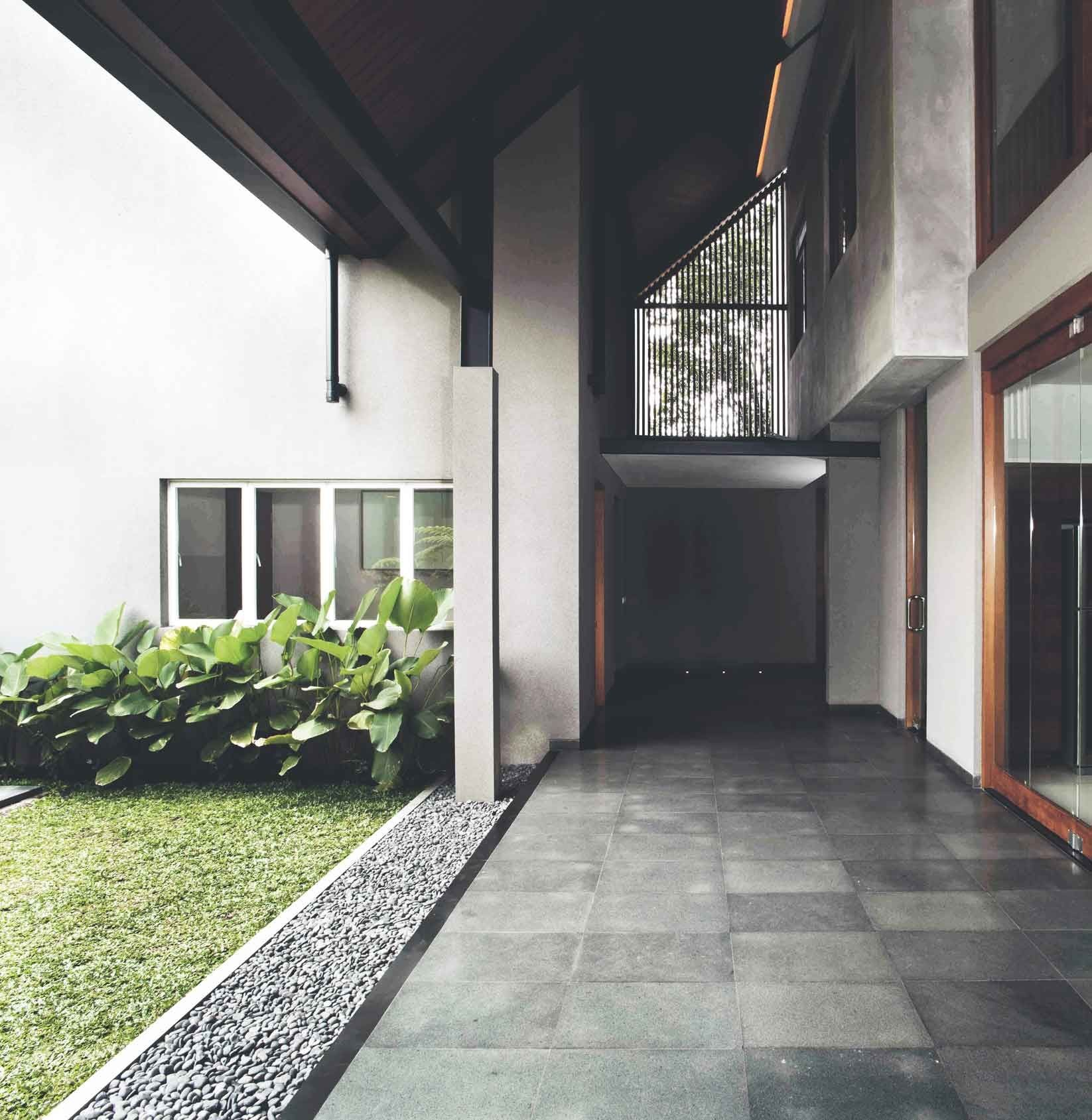 Project Katjapiring House Image 8 Location Bandung Indonesia Site Area 670 m2 Building Area 550 m2 Design Phase 2009 Construction Phase 2009