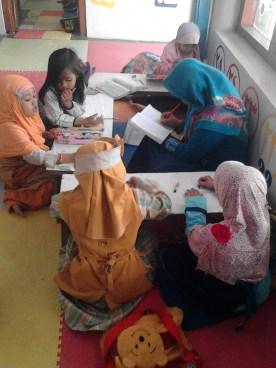 Kegiatan Belajar Sholat di Rumah Cerdas Islami (9)