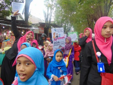 Pawai Taaruf Rumah Cerdas Islami Jombang dalam rangka Peringatan Isra Miraj 2016 (195)